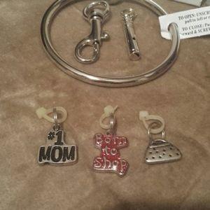 #1 Mom...Charms Bracelet